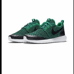 Nike Shoes - Men's Nike Roshe NM Flyknit Shield Running Shoes